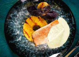 Филе форели с ананасом